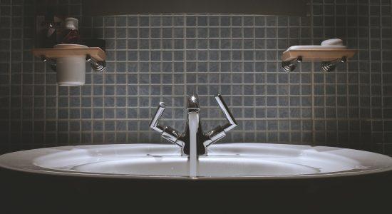 bathroom-sink-tile-work-launceston