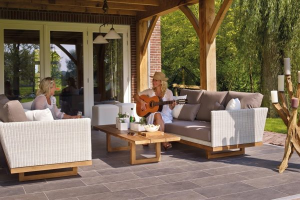 outdoor-tiles-launceston
